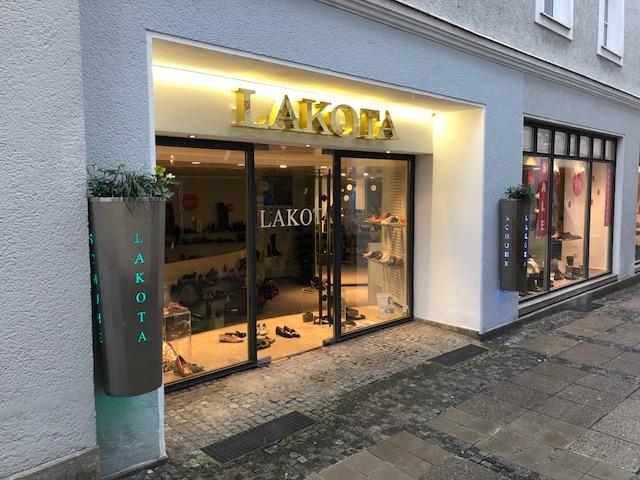 Passauer Shopping Nacht im Schuhgeschäft Lakota